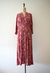 1940s snowflake print dress . vintage 40s rayon dress