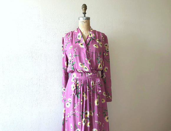 1940s dressing gown . vintage 40s wrap house dress