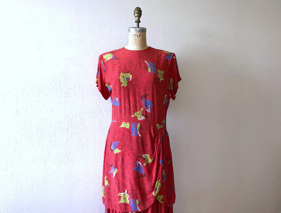 1940s rayon print dress . vintage 40s red dress