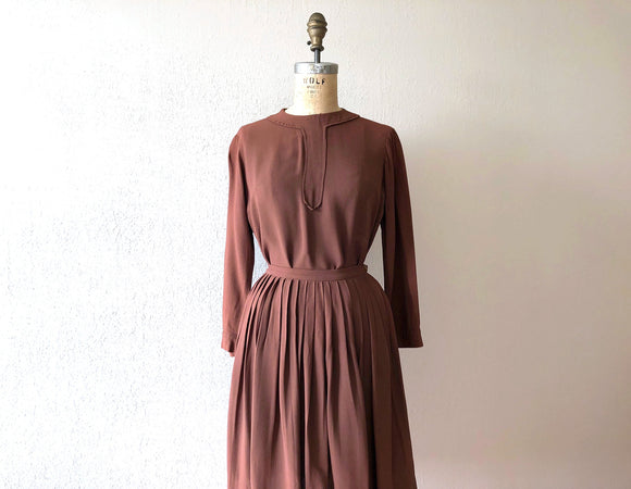 1940s dress set . vintage 40s rayon top and skirt