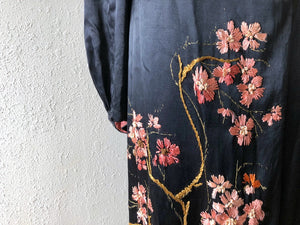 1930s embroidered robe . vintage 30s dressing gown