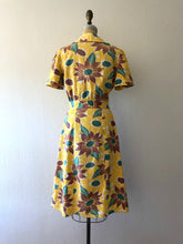 Load image into Gallery viewer, 1940s dress . vintage 40s sunflower dress