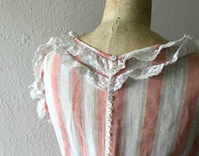 Load image into Gallery viewer, Vintage 1920s dress . antique striped dress