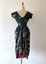 Load image into Gallery viewer, 1950s Dorothy O'Hara dress . vintage 50s rose print dress