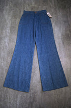 Load image into Gallery viewer, 1970s orange tab Levis . vintage 70s jeans