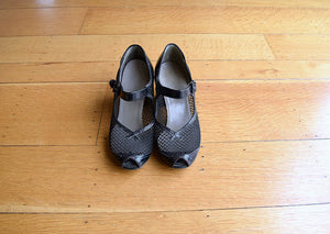1940s Mary Jane shoes . vintage 40s shoes