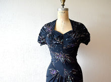 Load image into Gallery viewer, 1940s Dorothy O'Hara dress . vintage 40s rayon novelty print dress