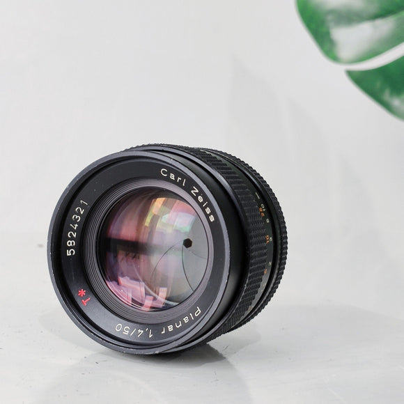 Carl Zeiss Planar 50mm 1:1.4 T*