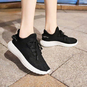 Ulyssa Shallow Stretch Sneakers
