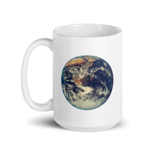 Load image into Gallery viewer, BuzzFeed Earth Earth Day Mug
