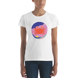 BuzzFeed Zodiac Cancer Design Women's T-Shirt
