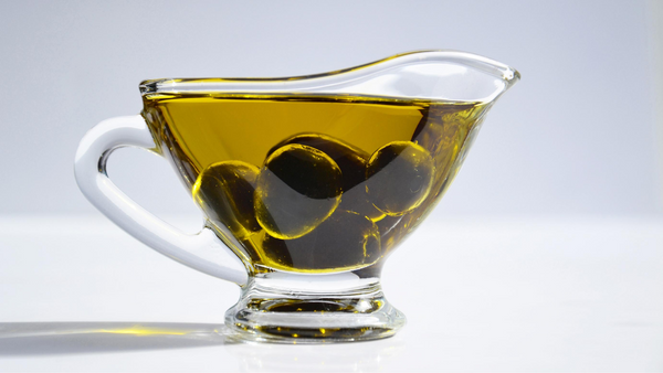 8 Healthiest Cooking Oils: Benefits, Smoke Points, & How To Use Them