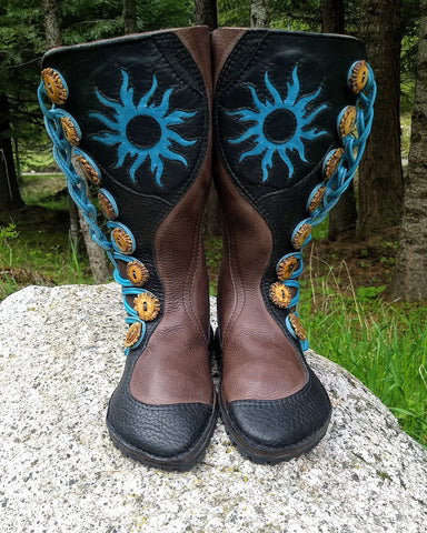 """Tribal Sun"" boots 8 button (stitchdown)"