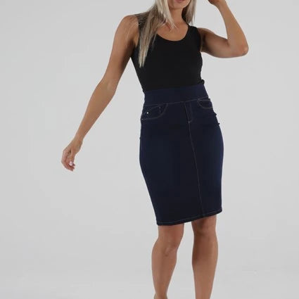 BETTY BASICS - Ainsley Denim Skirt