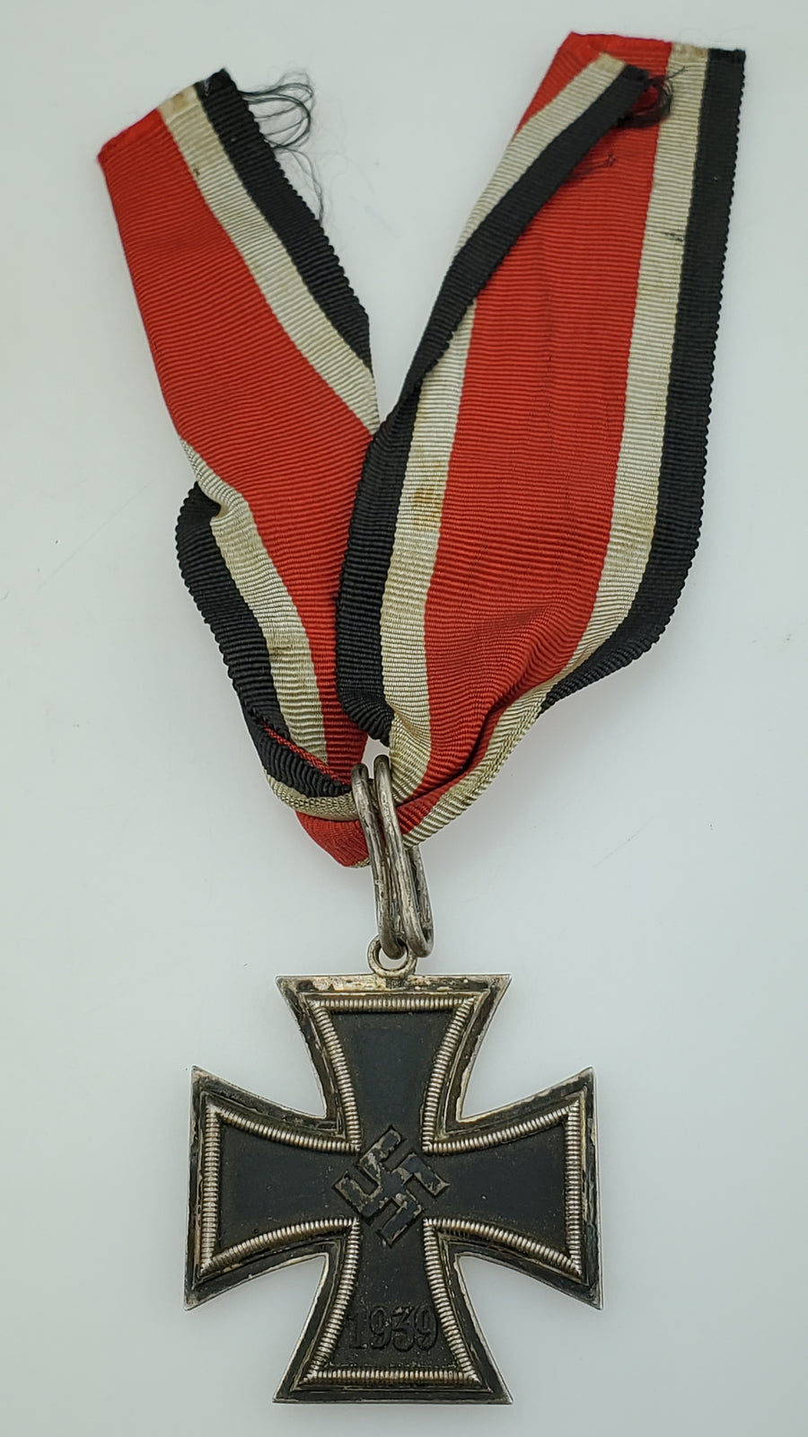 WW2 German Knights Cross of the Iron Cross 1939 - 800 Silver Content (Ritterkreuz des Eisernen Kreuzes) with Ribbon - Aces In Action