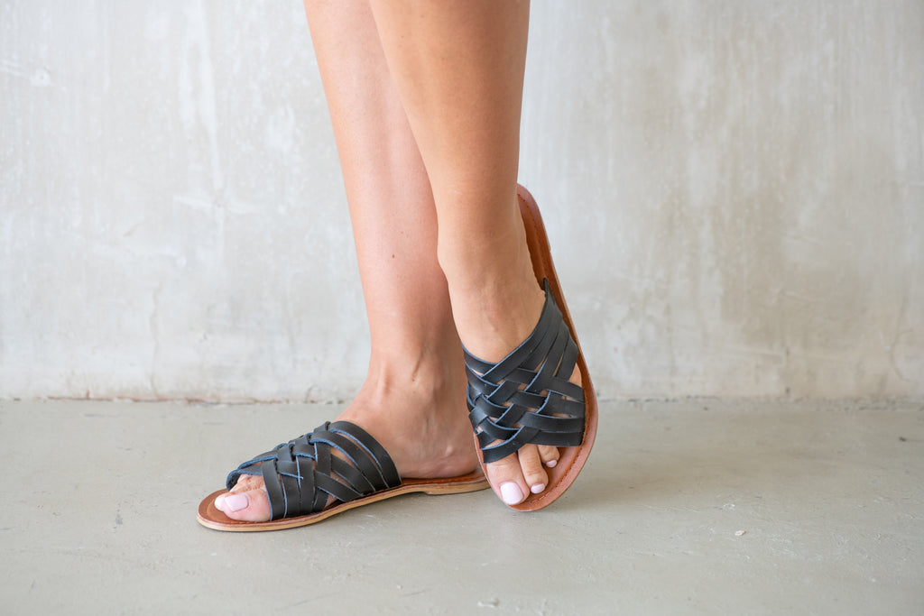 Black Azalea Slide - Calypso Sandals