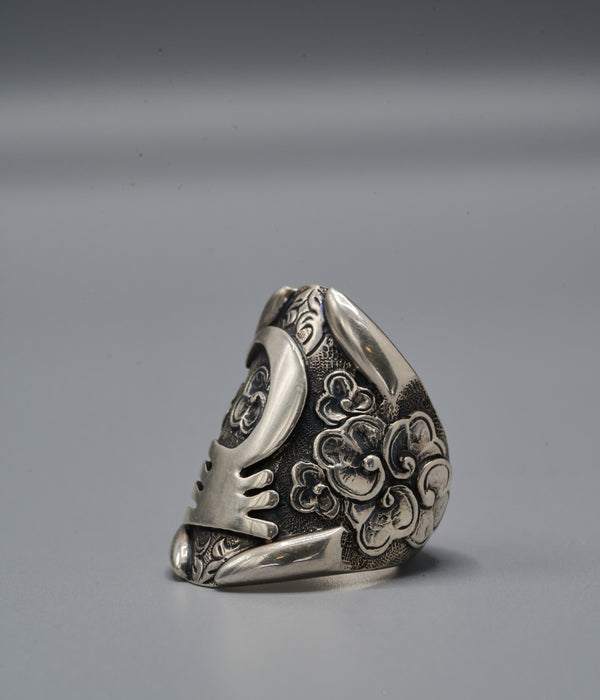 Zulu Shield Ring with Akoben