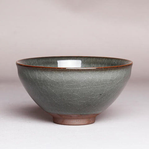 Narrow Mouth Celadon   (by Wei Minjie)
