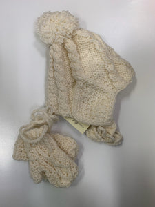Crana Handknits Infant Hat and Mitten set
