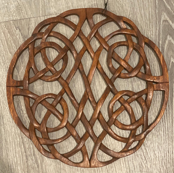 Celtic knot wall decor