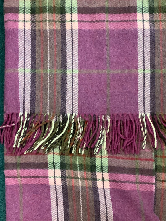 John hanly 100% lambs wool throw