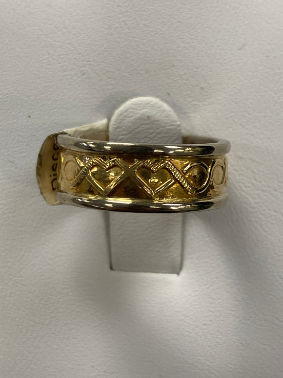 14k ladies two hearts Celtic band size 6