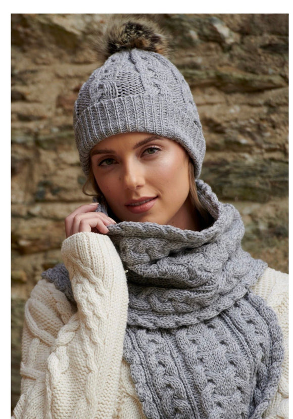 CHUNKY CABLE SCARF & HAT in light grey (sold separate but match as set)