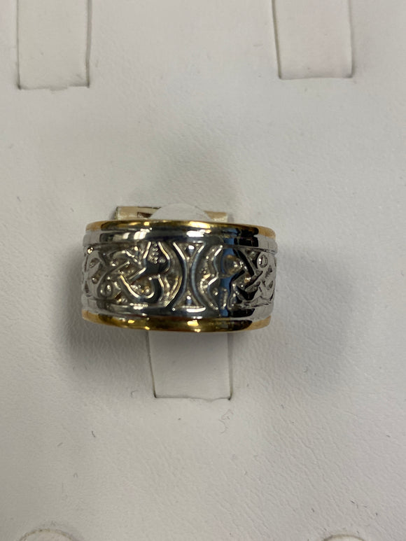 14k two tone Celtic band size 5.5