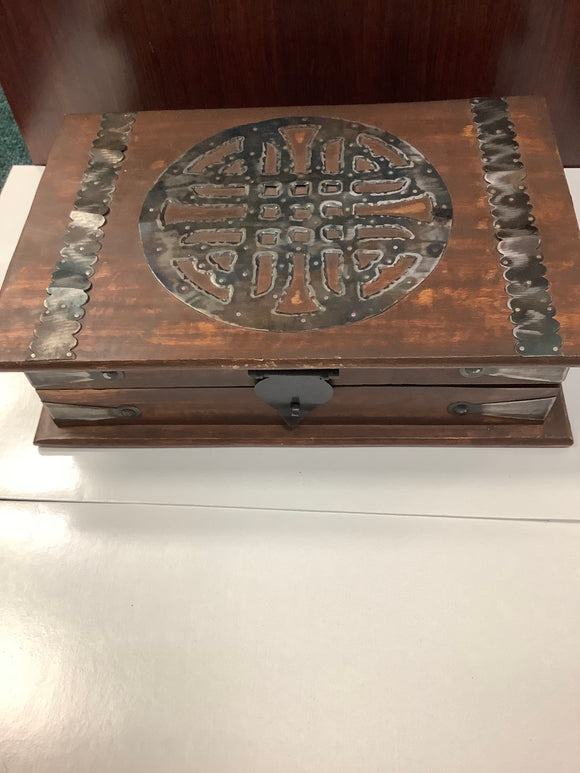 Celtic knot wooden box