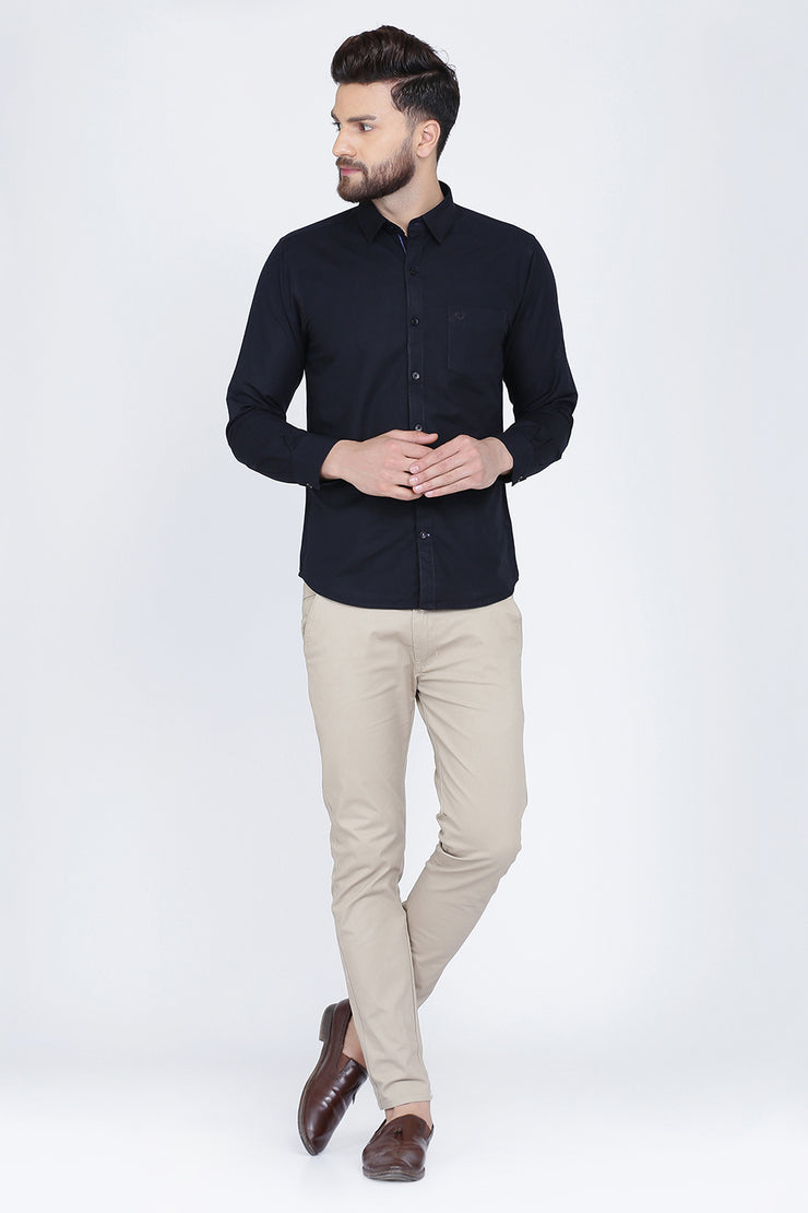 Black Cotton Plain Slim Fit Casual Shirt