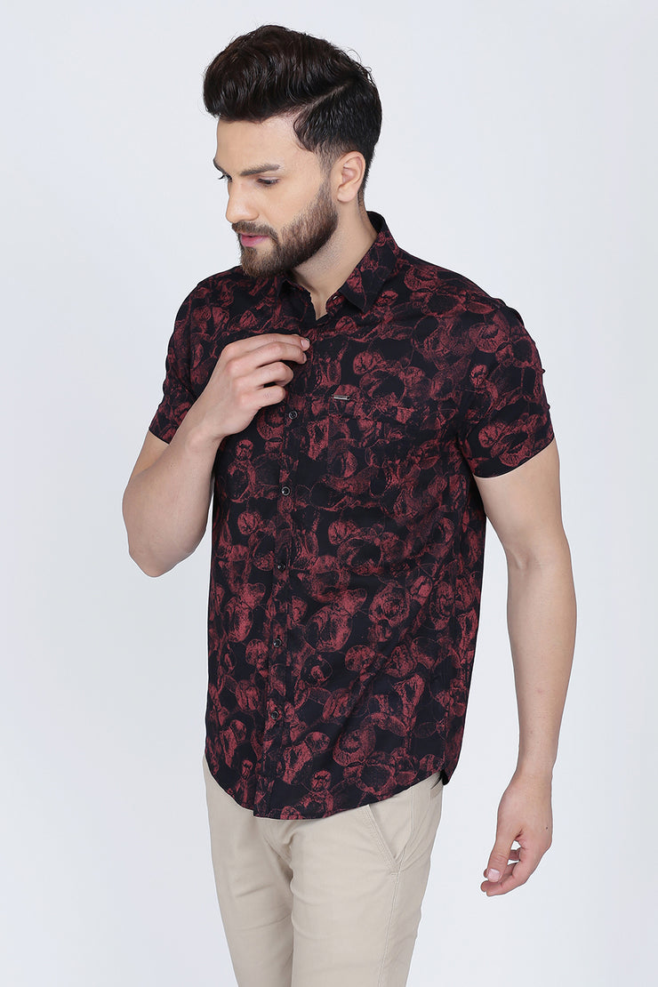Black & Maroon Cotton Abstract Print Slim Fit Casual Shirt