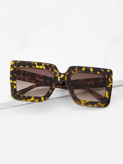 Leopard Frame Stylish Sunglasses