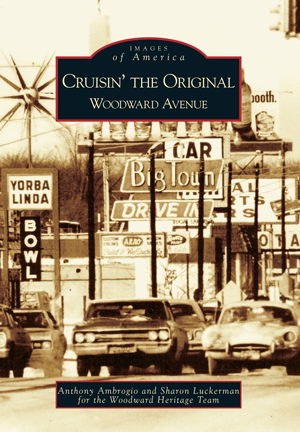 Cruisin' the Original Woodward Avenue - Pure Detroit