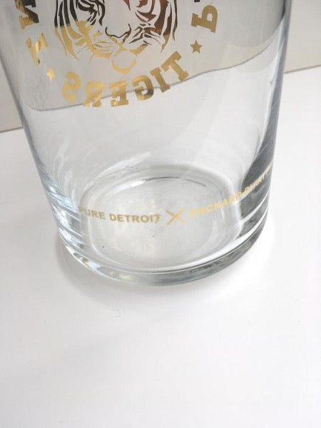 Packard Plant Tigers Gold Leaf 16 oz Beer Can Glass - Pure Detroit