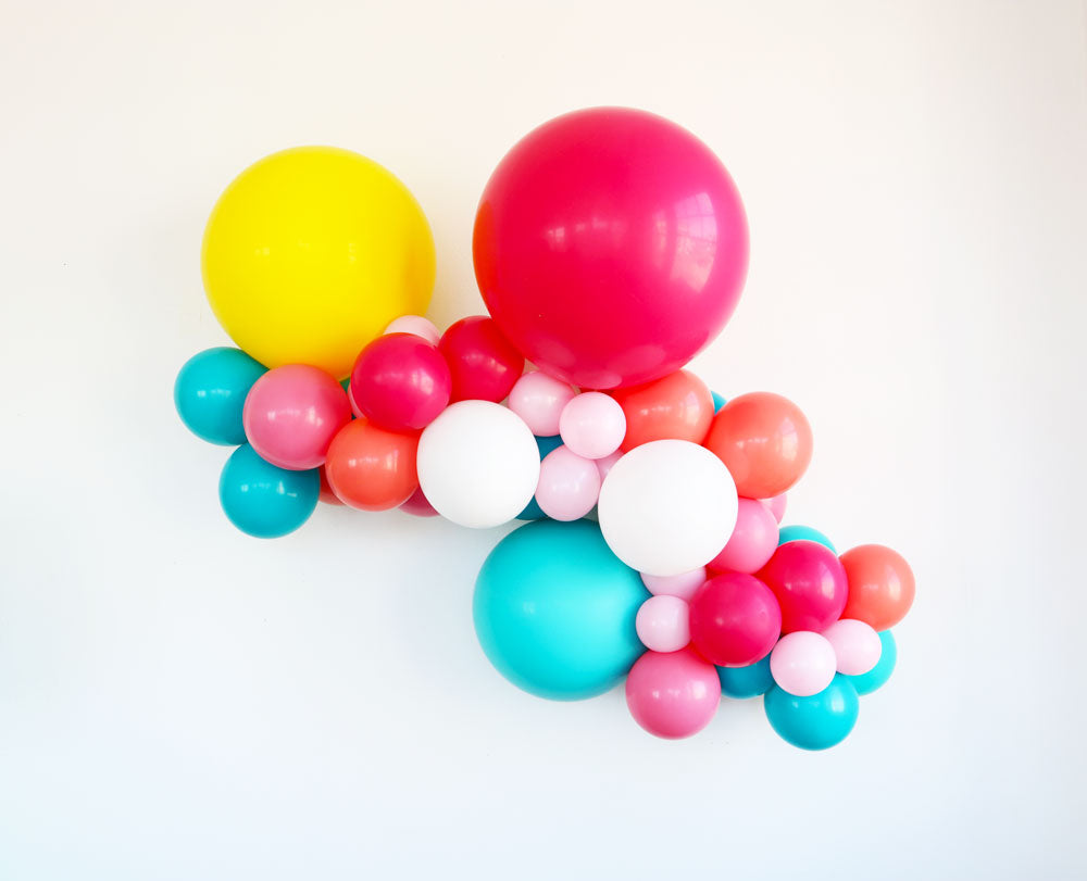 Colorific Balloon Garland Kit