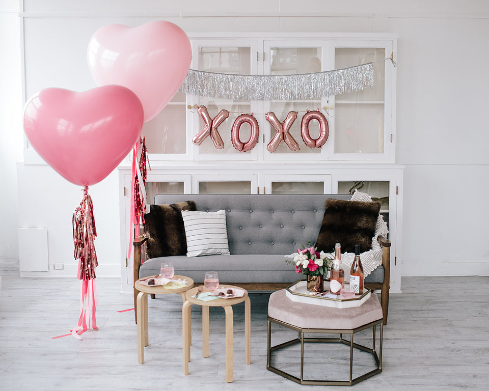 XOXO Balloon Phrase Pack