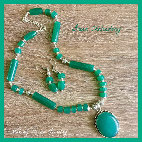 Green Chalcedony Necklace Earrings Set