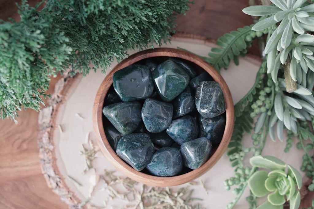 Tumbled Moss Agate for Connecting to Nature