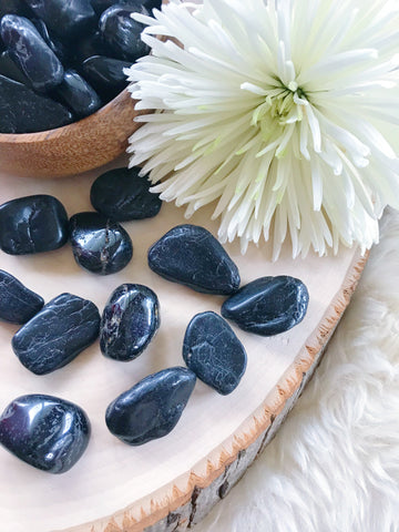 Tumbled Black Onyx for Strength & Grounding