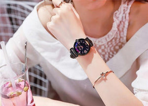 Top Brand Starry Dial Women Watch Lady Rhinestone Casual Quartz Watches Women Luxury Leather Strap Womens' Fashion Accessories Black Fashion & Tech Shop