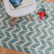 Load image into Gallery viewer, Arlo Chevron Rug