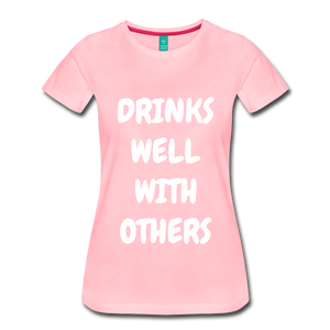 DRINKS WELL - pink