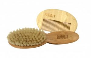 At Rhoost™, we understand that taking care of those tiny tangles can be a challenge. That's why we created the Rhoost Baby Brush and Comb set. Each product is lovingly designed to make grooming easy and safe. 100% Natural and Organic.