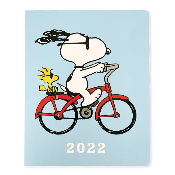 Peanuts™ Bike 8x10 18-Month Monthly Planner