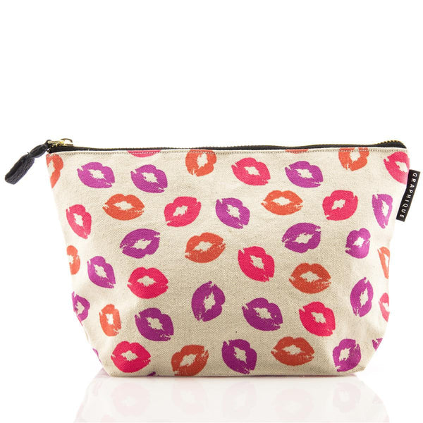 Kisses Medium Zip Pouch