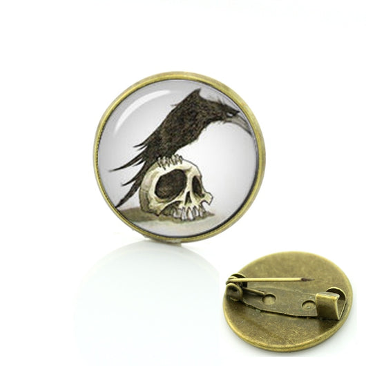 Gothic crow vintage photo brooches Human Skull Raven glass cabochon pin Popular steampunk Black Raven Birds badge men women T561