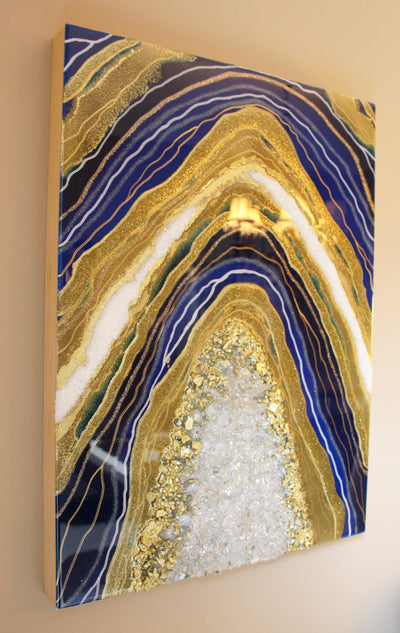 Navy Blue Geode Resin Art - ikigaicreations.ca