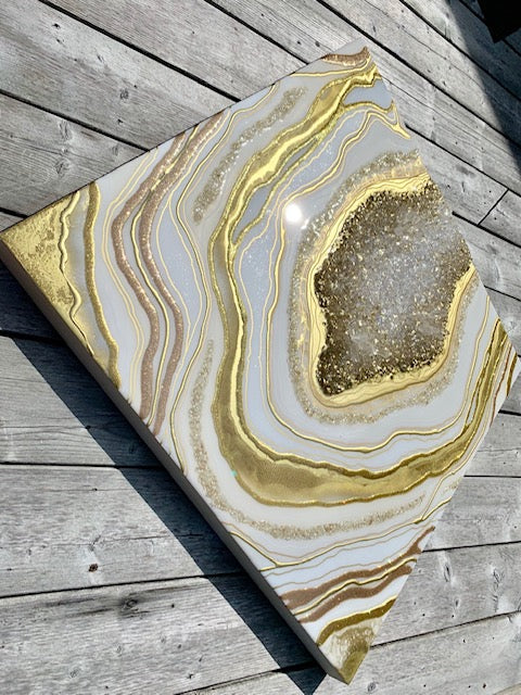 Classic Gold & White Geode Resin Art - ikigaicreations.ca