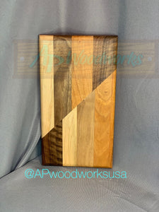 Diagonal Pattern Cutting Board