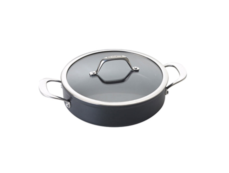 Saute pan with glass lid